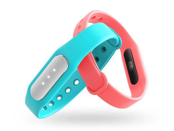 Xiaomi Mi Band Pulse Fitness Tracker with Heart Rate Monitor