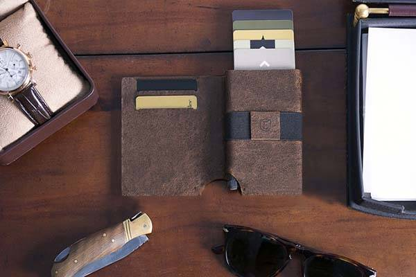 Ekster Leather Wallet with Bluetooth Tracker
