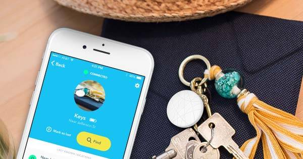 Wuvo Spot Affordable Bluetooth Item Tracker
