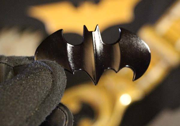 Batman Batarang USB Flash Drive