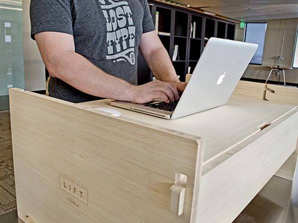 iSkelter LIFT Sit-to-Stand Smart Desk