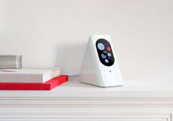 Starry Station Wireless Router with an Integrated Touchscreen