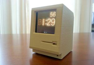 the_3d_printed_dock_turns_your_ipod_nano_into_classic_macintosh_thumb.jpg