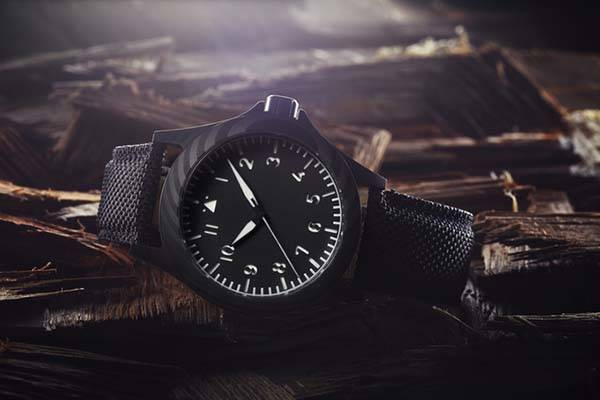 Ventus Black Kite Carbon Fiber Analog Watch