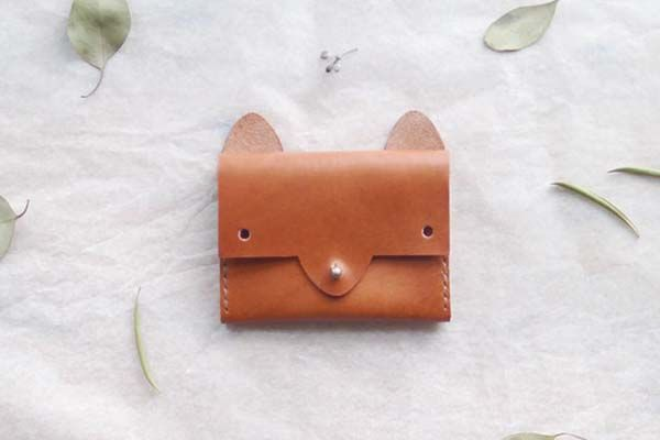 The Handmade Leather Card Case Inspired by Fox