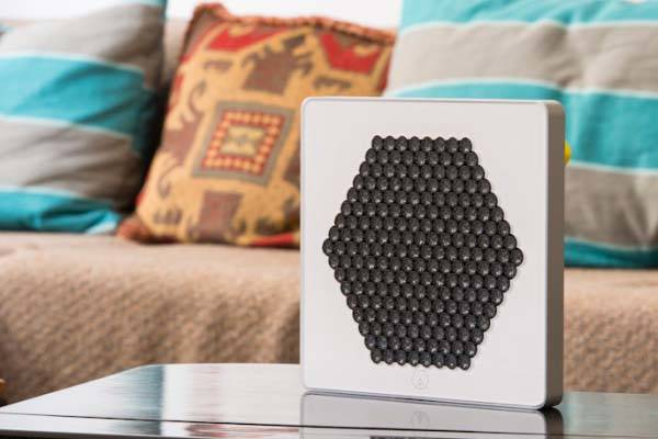 The « A » Directional Speaker Blasts Sound Directly into Your Ears without Disturbing Others