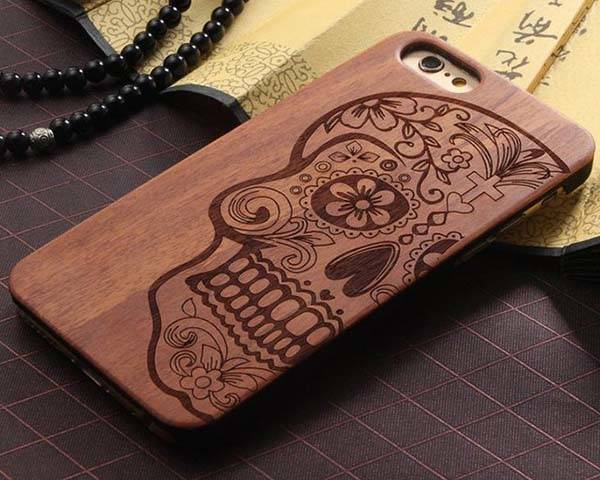 The Skull Wooden iPhone 6s/ 6s Plus Case