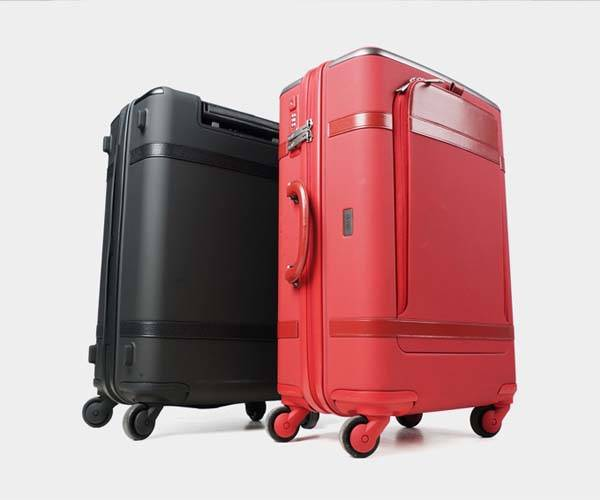 Floatti Suitcase with Smart Handle, Detachable Power Bank and Built-in Scale