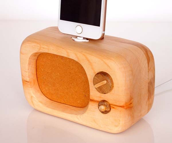 Handmade Old-School TV Wooden iPhone Dock