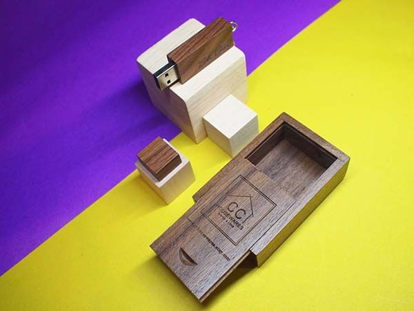 Handmade Personalized Wood USB Flash Drive