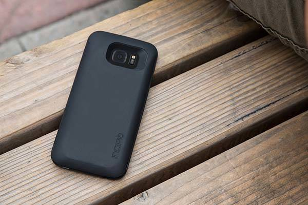 Incipio offGRID Battery Case for Galaxy S7/S7 Edge