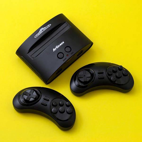 Sega Arcade Classic Wireless Game Console with Built-In Retro Games