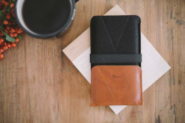 Handmade iPhone SE Leather Case With Card Slot