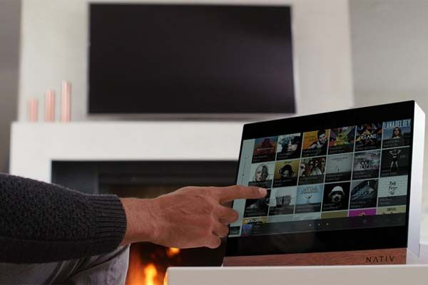 Nativ Vita Music Player with Touchscreen