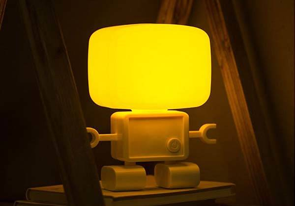 The Robot USB LED Lamp Controlled by Voice or Light