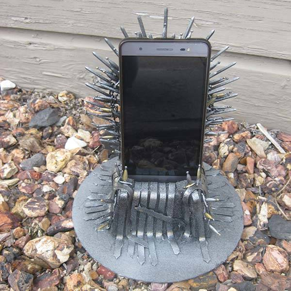 Game of Thrones Iron Throne iPhone Dock