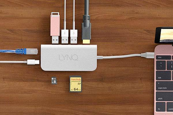 LYNQ USB-C Hub for MacBook or Other USB Type-C Equipped Computers