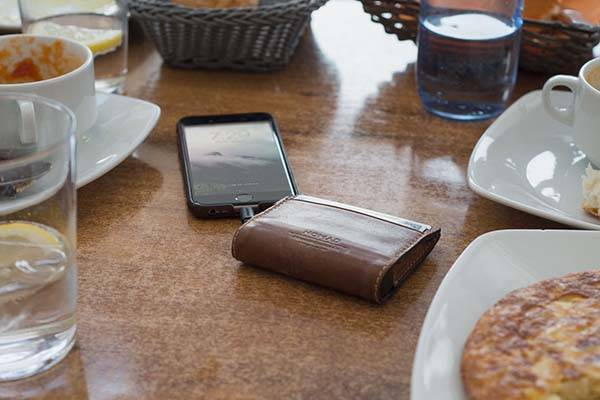 Nomad Slim Wallet with Power Bank and Lightning Cable