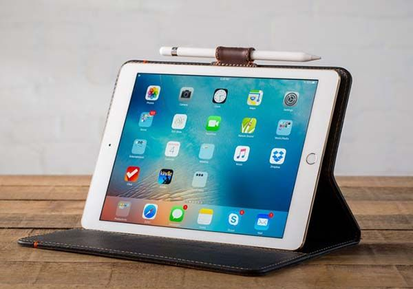Pad&Quill Leather Apple Pencil Holder