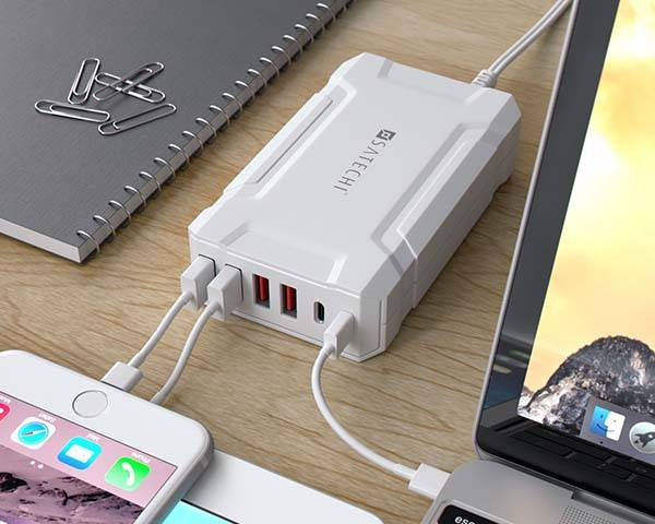 Satechi USB-C Equipped Multi-Port USB Charging Station