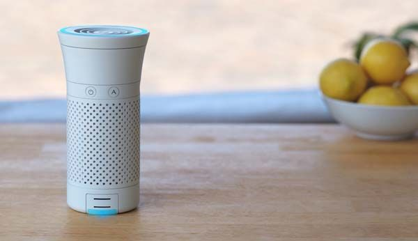 Wynd Portable Smart Air Purifier with Removable Air Quality Tracker