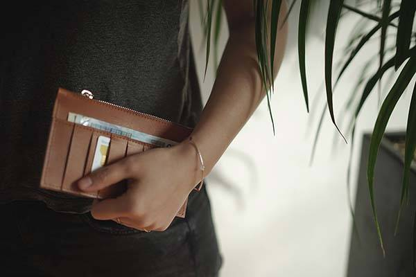 406 City Leather iPhone Wallet