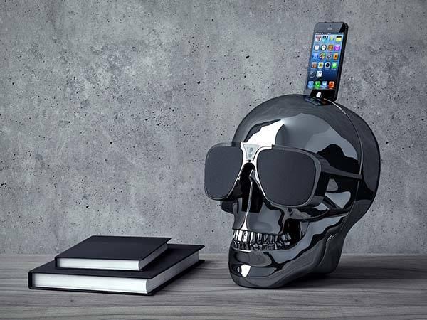 AeroSkull HD+ Bluetooth Speaker with iPhone Dock