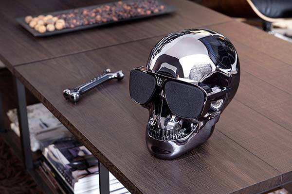 AeroSkull HD+ Bluetooth Speaker with iPhone Dock