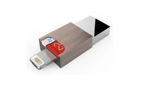 Corsdrive USB 3.0 Flash Drive with Lightning and microUSB Connector and microSD Card Reader