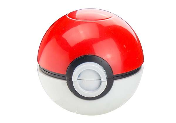 Pokemon Pokeball Spice & Herb Grinder