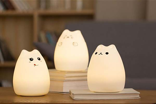 Cutie Cat Portable LED Lamp