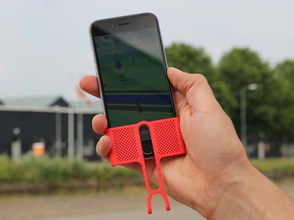 Perfect Aim Pokemon GO iPhone Case