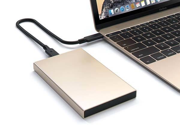 Satechi Aluminum USB-C SSD/ HDD Enclosure