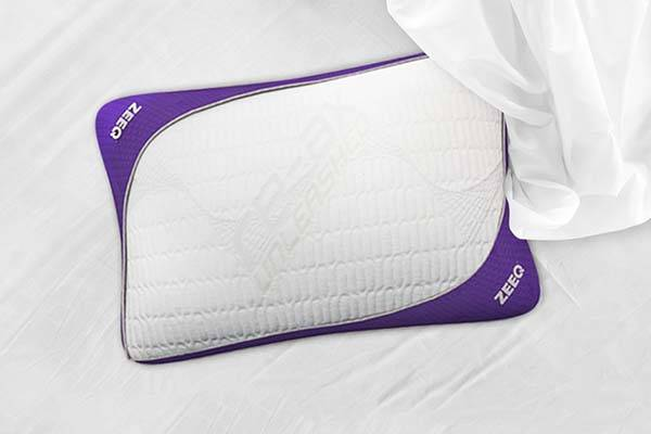 ZEEQ Smart Pillow Helps You Fall Asleep, Tracks Your Sleep and Wakes You Up at Right Time
