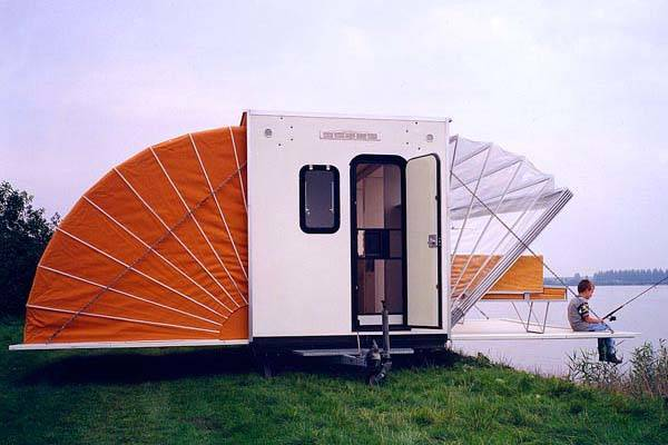 De Markies Camping Trailer Triples Its Size with Foldable Awnings