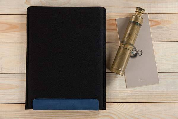 Handmade Wool and Leather iPad Pro Case with Apple Pencil Holder