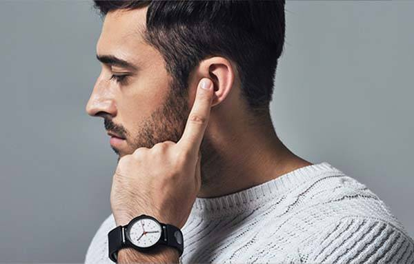 Sgnl Smartband Allows You Make Calls by Your Fingertip