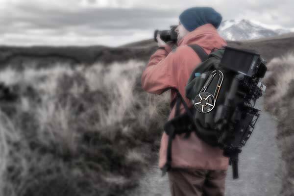 karaburner_carabiner_integrated_portable_camping_stove_8.jpg