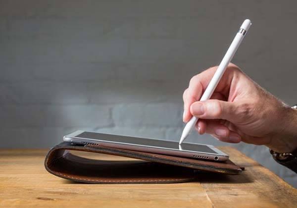 Pad&Quill Valet Slim Portfolio iPad Pro Leather Case