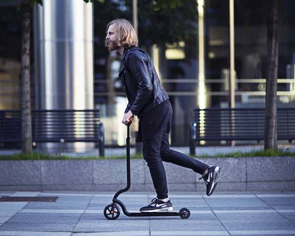 RAVEN Ultra Lightweight Foldable Scooter