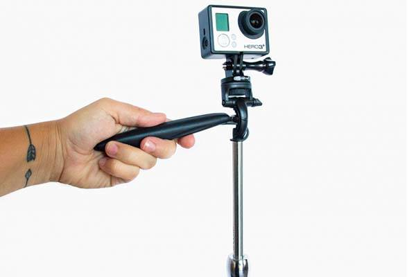 Smoovie Video Stabilizer Supports Smartphones and Action Cameras