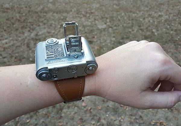 Tessina Wearable Vintage Camera