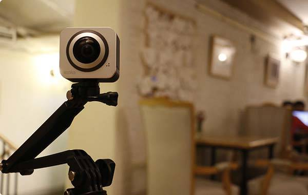 Moka360 360-Degree Mini Camera with Live Stream