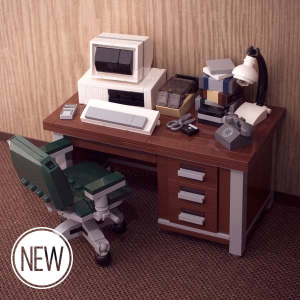 My Old Desktop LEGO Set Boasts Retro Macintosh or PC