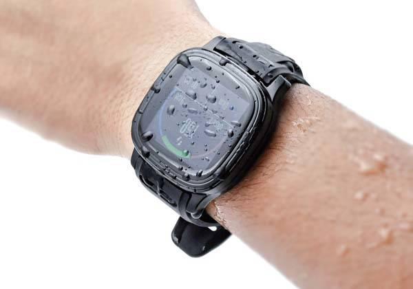 StarVox Waterproof Smartwatch with Walkie-Talkie