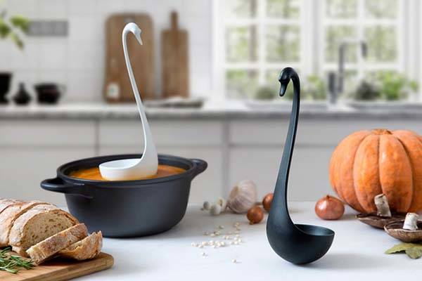Swanky Swan Inspired Floating Ladle