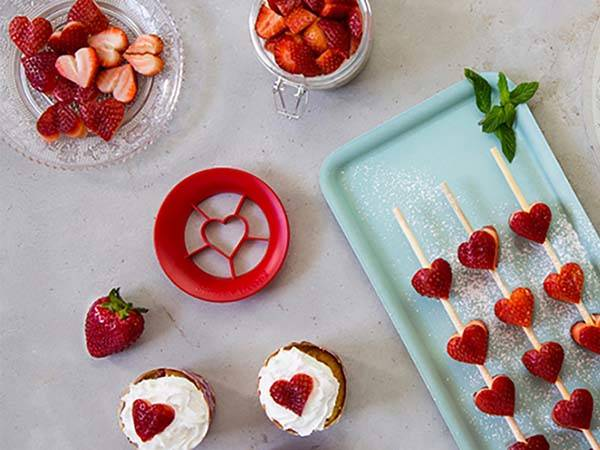 Sweet Heart Strawberry Cutter