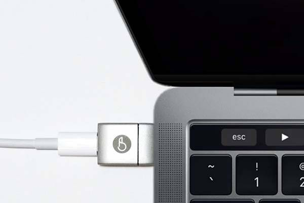 MagNeo Magnetic USB-C Adapter
