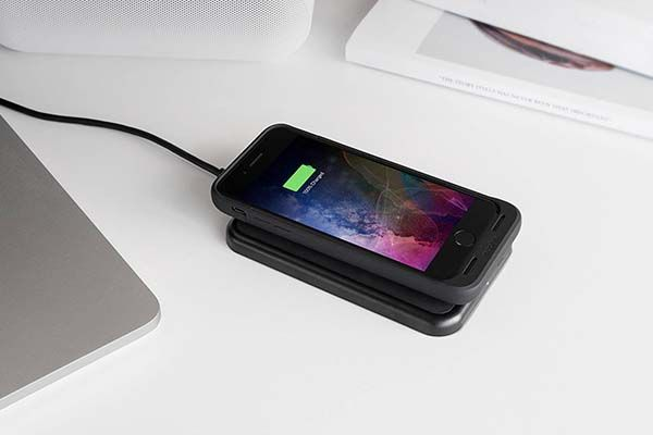 Mophie Juice Pack Air iPhone 7/7 Plus Battery Case with Wireless Charging