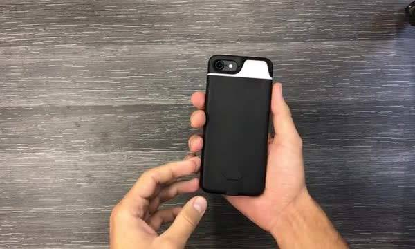 The iblazr iPhone 7 Battery Case with Dual Tone Flash and Smart Notification